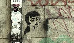 GRAFITI (jpi-linfatiko) Tags: grafiti rayado pintura paint muro wall exterior urban urbano urbana stencil nikon d5200 sigma1770 texture avisos adhesivos etiquetas
