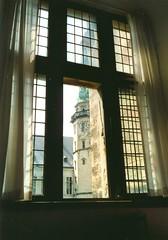 Castle window - by guldfisken