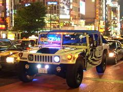 Shinjuku Ride (Graeme Lennon) Tags: japan shinjuku  zima pimped hummvee sr102