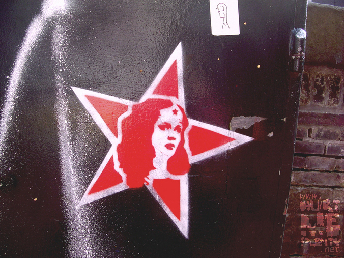 graffiti, Wonder Woman's head in a red star