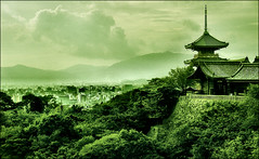 . Kiyomizudera 2004 (redux) .        清水寺 2004年 II . (3amfromkyoto) Tags: city autumn trees cloud mountains tree green 2004 japan clouds buildings wow landscape temple japanese pagoda kyoto september 京都 日本 kansai 清水寺 kiyomizu kiyomizudera dera otera specland 3amfromkyoto flickr:user=3amfromkyoto