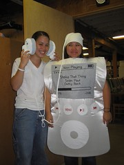 the halloween costume (Tommy-toe) Tags: fenchurch jessica jassie littlekeebler ipod halloween costume