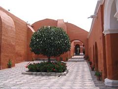 Peru 153 (Jia Pet) Tags: peru arequipa santacatalina