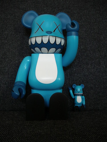 kaws chompers | 400% bearbrick by unfolded.