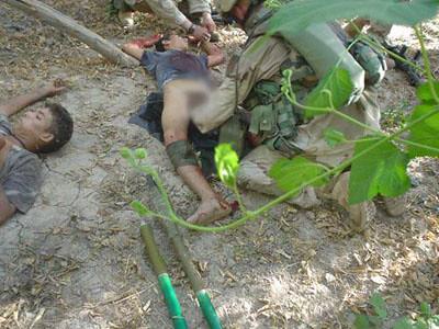جندي أمريكي يزرع متفجرات تحت العضو الذكري لطفل عراقي بعد قتله 51523242_1eb1983e9d