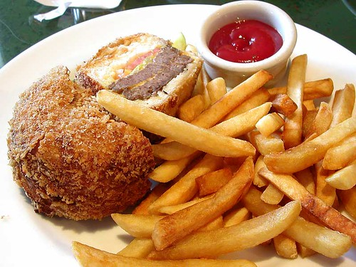 deep fried cheeseburger