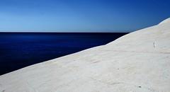 Lights and colors in blu (Gianni Dominici) Tags: 2005 sea sky italy white topf25 topv111 canon wow 350d topv333 october italia searchthebest blu topv444 100v10f topv222 sicily sicilia 4eacqua 4egiannid