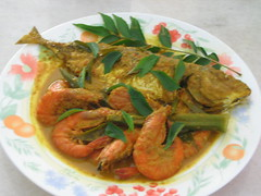Seafood Curry (Food Trails) Tags: fish tomatoes prawns curry onions homemade spices blogging seafood spicy foodtrails homecooked homestyle homecooking asianfood curryleaves ladysfingers assamkeping chillies currypowder