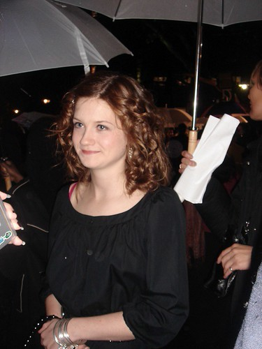 Bonnie Wright es Ginny esposa de Harry potter