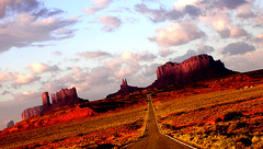 monument valley (majorette) Tags: monumentvalley navajonation clouds