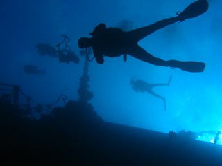 Divers at the wreck of the Salem Express