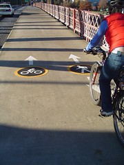 new Hawthorne Bridge markings