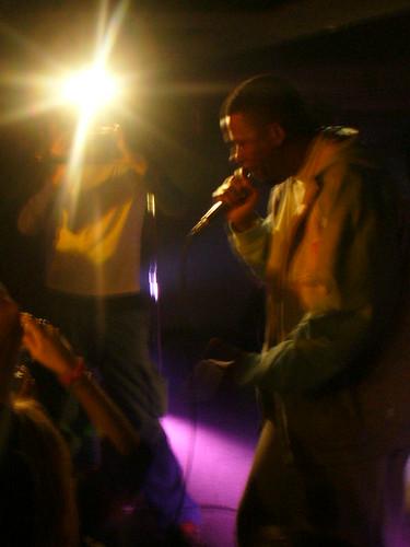 11-22-05 The Genius - GZA @ Crash Mansion (6)