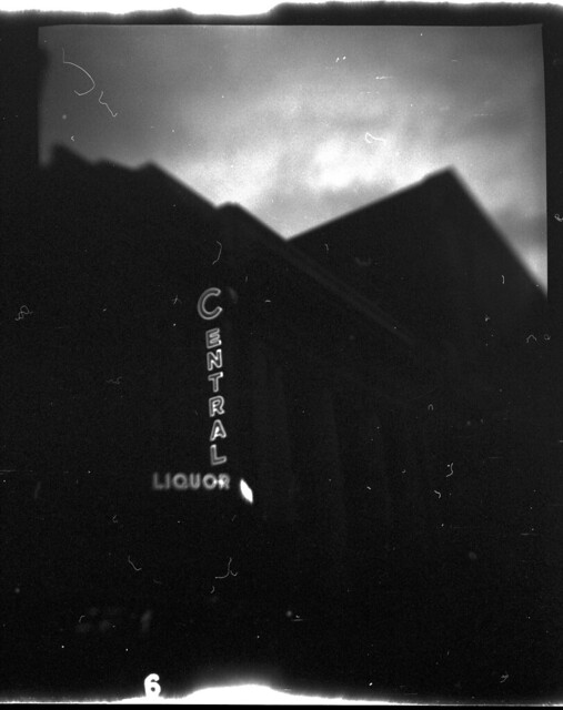 Central liquor With hair by birdcage