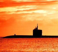 Silent Warrior (CATeyes) Tags: ocean sunset sky hawaii albaluminis submarine pearlharbor natureslight