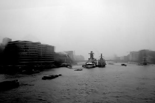 30 mars. Il pleut sur Londres