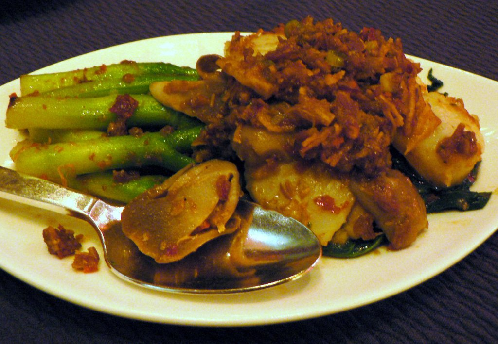 scallops with hongkong kailan