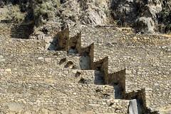 Paisajes de Ollantaytambo (Is there a spell that I am under...) Tags: ollantaytambo travelingperu travel urubambavalley vallesagrado sacredvalleyoftheincas