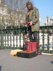 marionette (commamommas) Tags: paris marionette