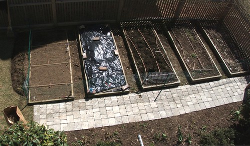 4-11-07 garden