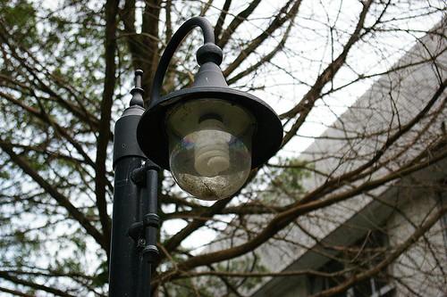 IMGP8609_福利社前方的路燈