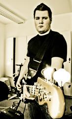 Aron Friðrik with his Fender bass (Siggidóri) Tags: music students studio raw nef bass fender recording lightroom electricbass recordingsession bassi adobergb hljómsveit nemendur upptökur hljóðver musicstudents samspil tónlistarskólireykjanesbæjar aronfriðrik grayscalemonotonebwsepiasplittoning