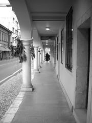 a caso a Pordenone (Mirgen Prvathi) Tags: urban biancoenero pordenone prospettiva