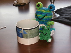 Mommy and Baby Frogs 2 (Crazy Snicks) Tags: baby cute green little handmade mommy crochet mini frog diaper yarn tiny poop frogs poo amigurumi knitty