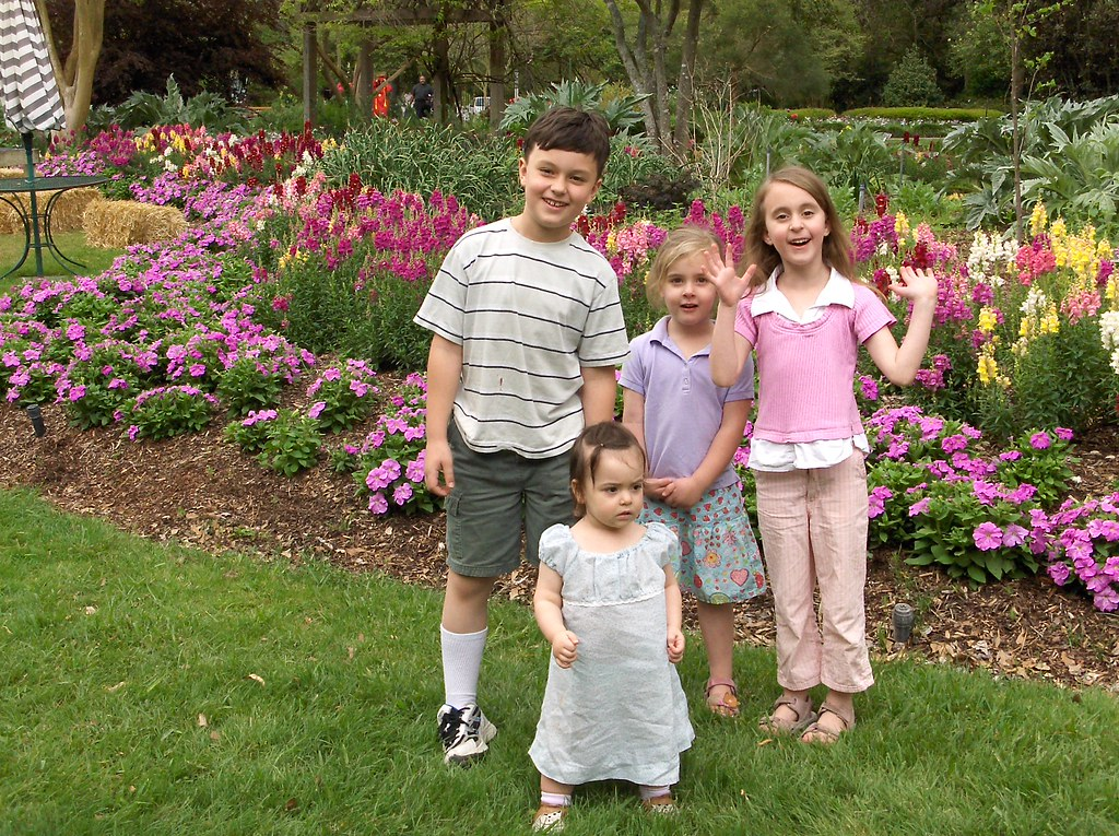 Kids at the Arboretum