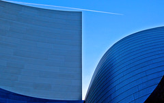 Angles and planes... (Julian E...) Tags: california blue architecture losangeles angles gehry planes frankgehry waltdisneyconcerthall supershot views200 views300 losangelesphilharmonic artlibre colorphotoaward superhearts
