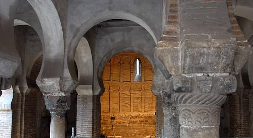 Interior Mezquita Bab-al Mardum en Toledo