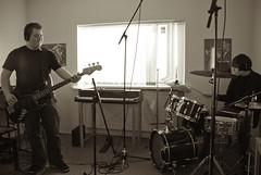 _DSC0073 (Siggidóri) Tags: music students studio drums raw nef bass guitar recording lightroom electricbass recordingsession bassi gítar adobergb hljómsveit nemendur upptökur trommur hljóðver musicstudents samspil tónlistarskólireykjanesbæjar grayscalemonotonebwsepiasplittoning