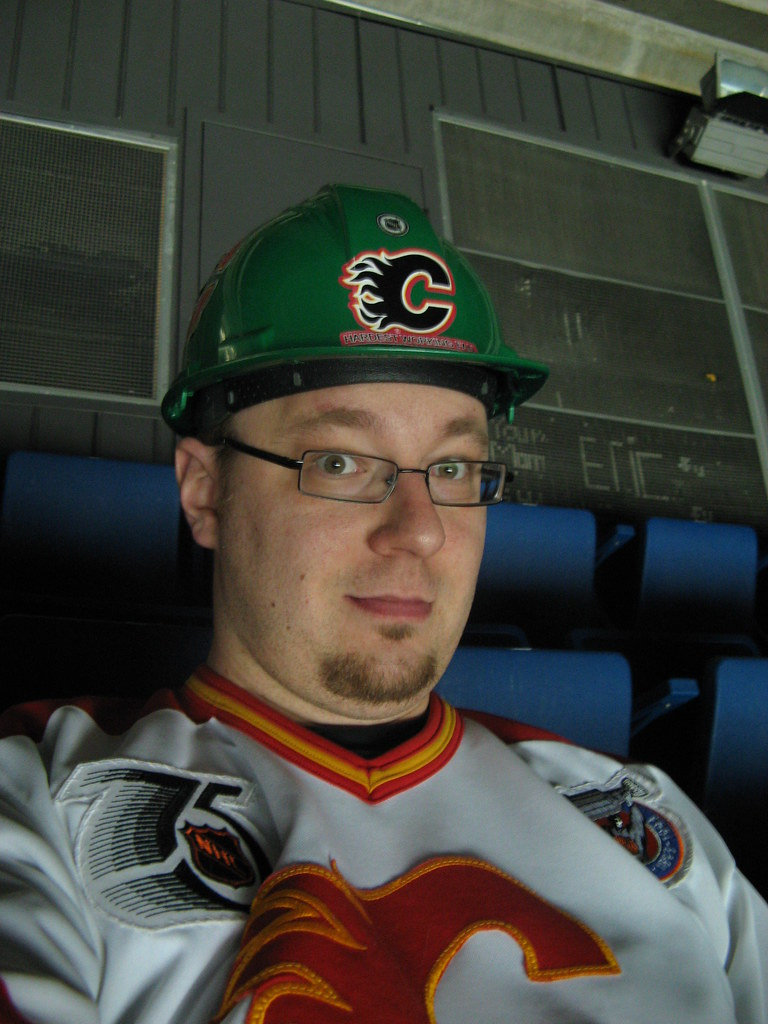 Flames Vs. Oilers: Hardest Working Fan