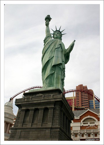 Statue of Liberty at  Newyork Newyork - Las Vegas