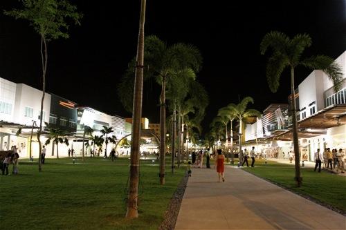Bonifacio High Street - 1