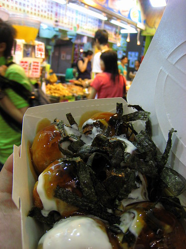 Takoyaki all served up.  That's a lotta mayo.