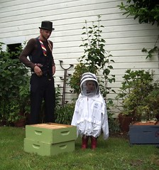 Beekeeping 2263 edited