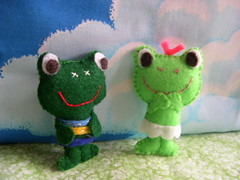 Froggie Love! (craftsty) Tags: pink boy cute green girl japanese miniature little handmade craft mini felt frog tiny frogs