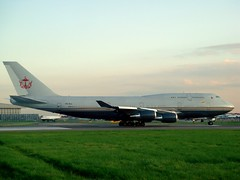 Sultan of Brunei's 747 (kpmarek) Tags: uk greatbritain england london unitedkingdom britain gb sultan brunei boeing747 lhr heathrowairport londonheathrowairport sultanofbrunei v8ali sultansflight governmentofbrunei bruneigovernment