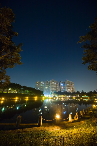 Night-shot of Chu Lake, NCTU, Taiwan