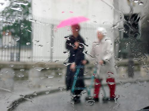 Raining at Butte Montmartre-11v