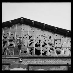 0498.7 (L. Barton) Tags: bw berlin abandoned bricks brokenglass malthouse pankow schultheiss fujiacross100 mlzerei