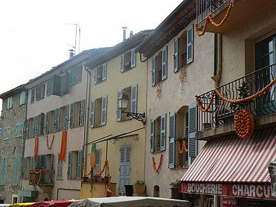 ville pavoisée.jpg