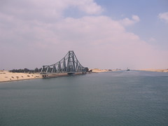 Suez-3 (RossM) Tags: theworld suezcanal
