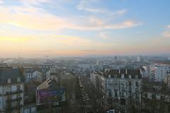 Dijon depuis la Grande Roue (godran25) Tags: dijon france bourgogne burgundy sunset coucherdesoleil immeubles buildings ville city landscape paysage vueaérienne