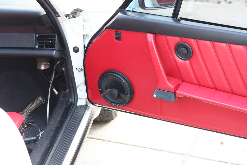 911 SQ stereo install with custom sub enclosure - Pelican Parts Forums