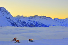 Last run down (oli_cram) Tags: sunset cloud mountain ski austria mayrhofen piste ahorn pistebasher pistenbully pistebully