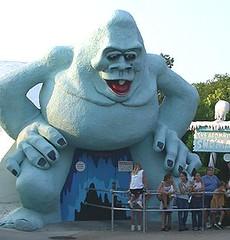 Abominable Snowman, Miracle Strip Amusement Park, Panama City Beach, Florida (stevesobczuk) Tags: seaside florida amusementpark panamacitybeach miraclestrip redneckriviera abominablesnowman us98 valvalentine frontbeachrd