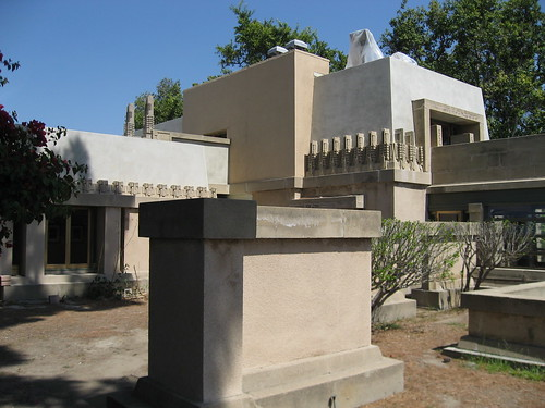 Hollyhock House, southside