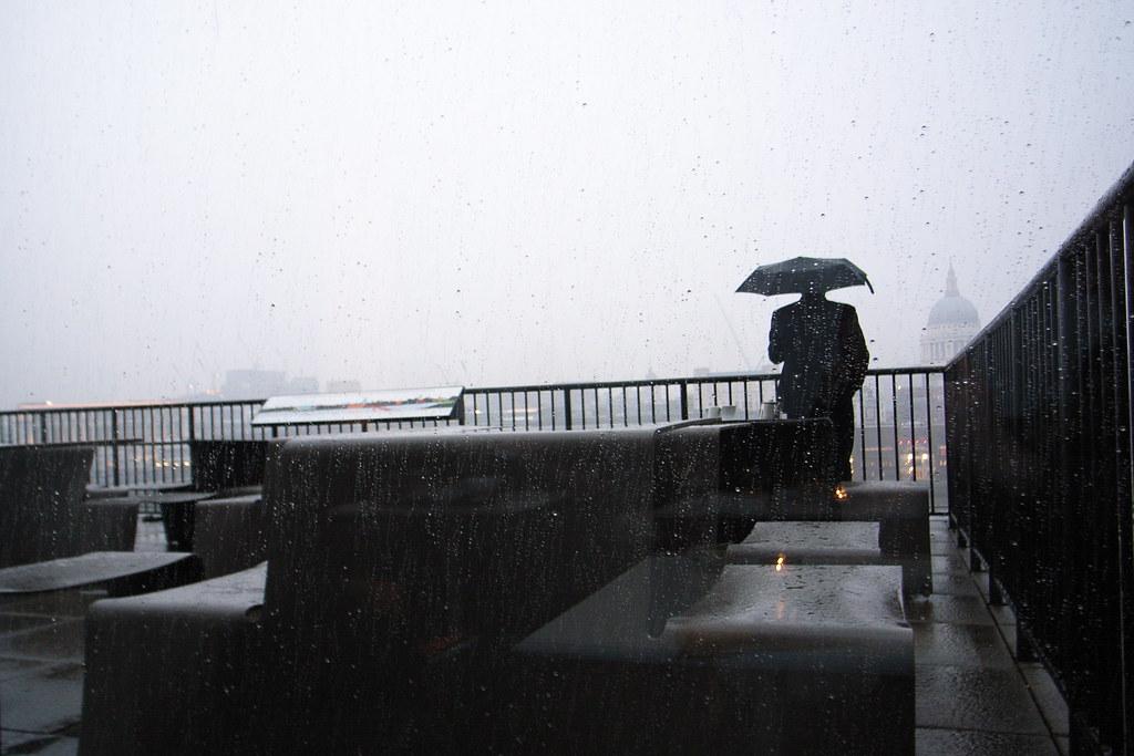 rainy Tate Modern terrace